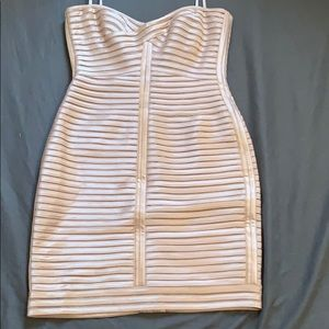 Corset Strapless BCBG Dress